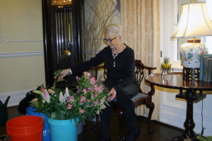 Piedmont Virginian writer prepares exquisite floral arrangements for Valentine's Dinner at Airlie