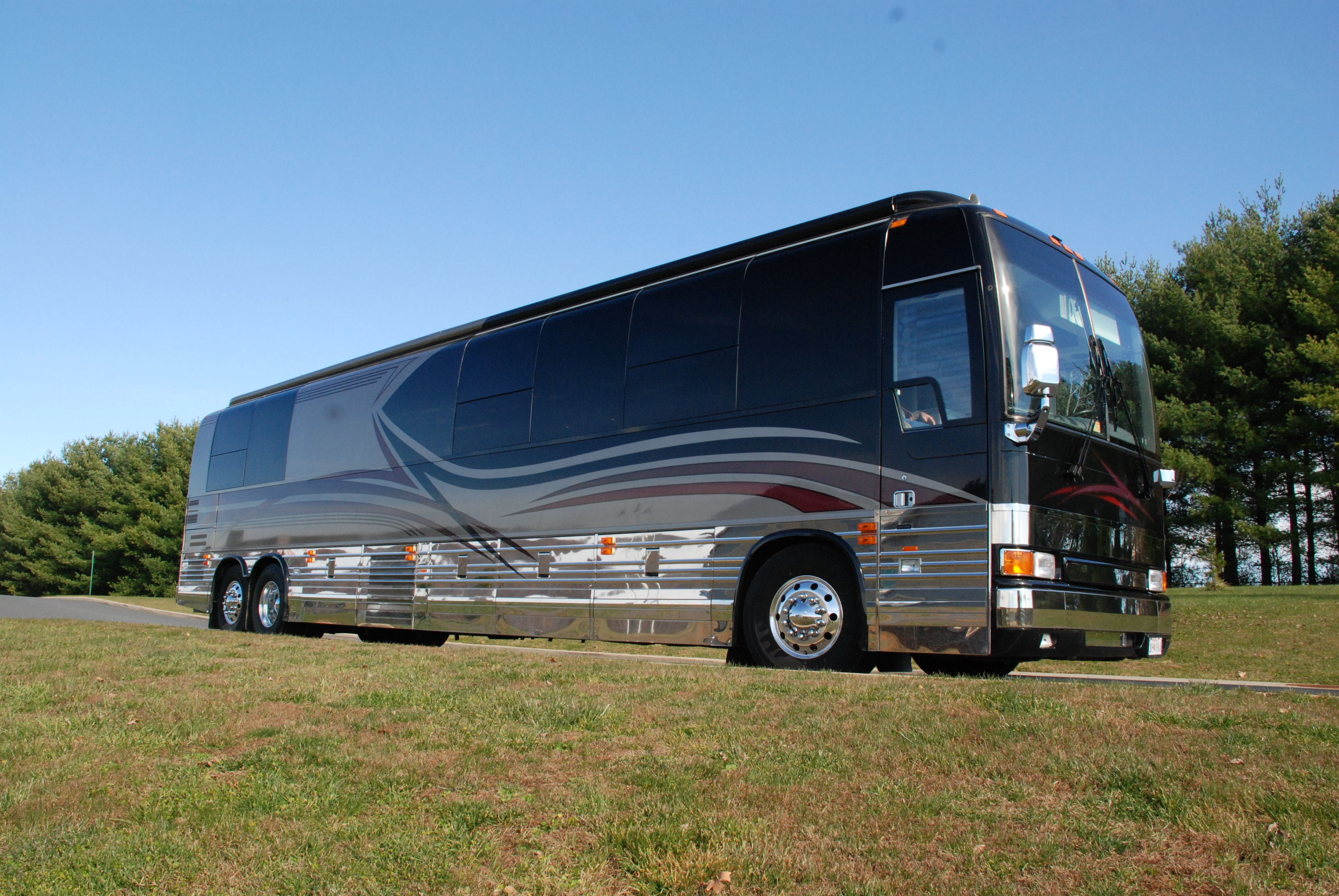 Affordable, Upscale Coach Transportation for 18 Now Available throughout Northern Virginia, DC, & Mid-Atlantic Region