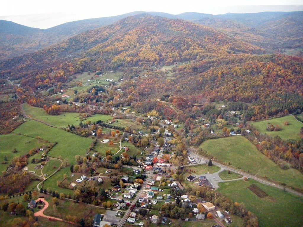 Sperryville, VA | © haleyfineart.com